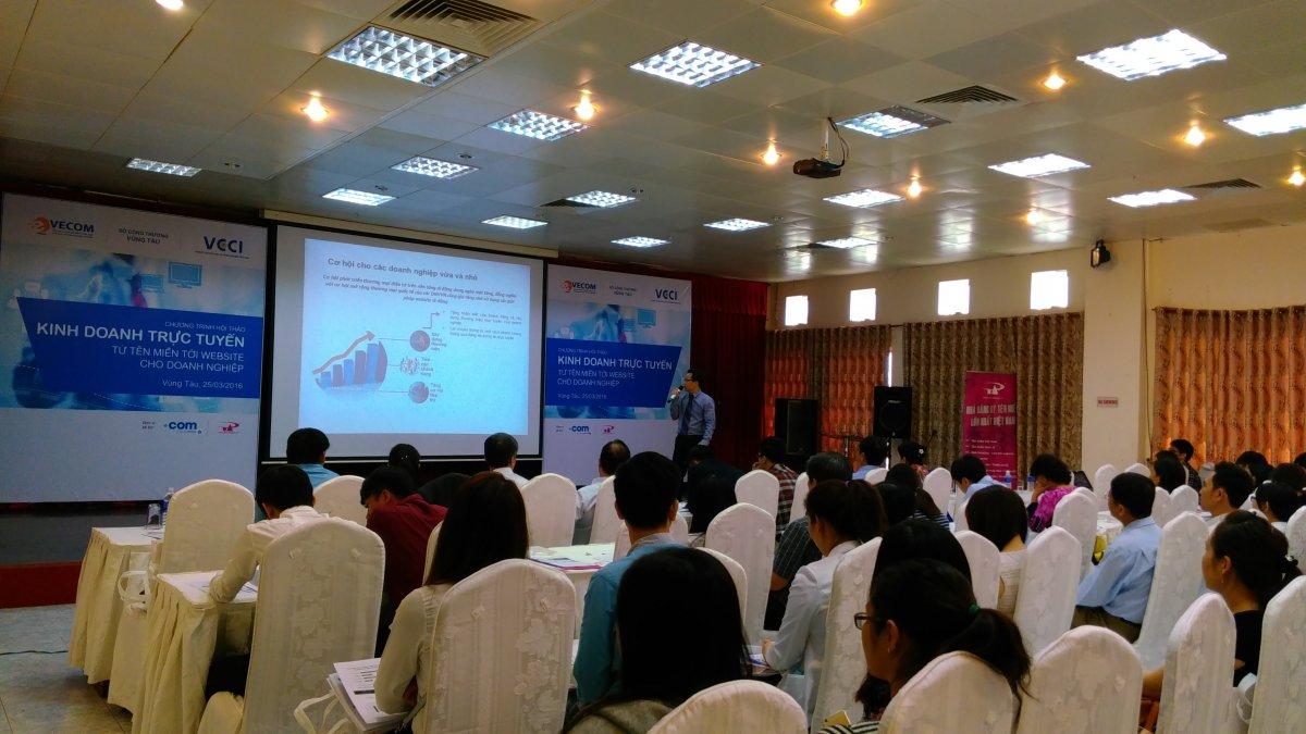 """P.A Việt Nam cùng Verisign tài trợ thành công buổi hội thảo  """"Kinh doanh trực tuyến - từ tên miền tới website cho doanh nghiệp"""", do Phòng Thương mại và Công nghiệp Việt Nam VCCI tổ chức"""