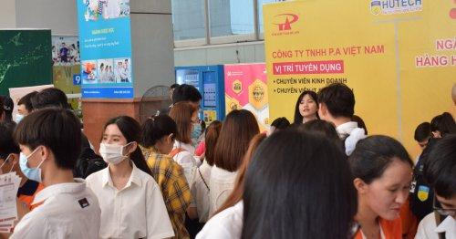 P.A Việt Nam phỏng vấn tuyển dụng tháng 3/2021 tại Trường Đại học Công nghệ TP.HCM (HUTECH)